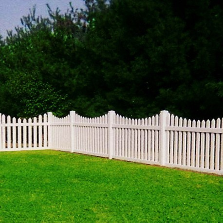 Scalloped Melrose White Vinyl Picket Fence