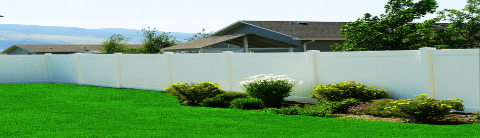 Full Vinyl Fence